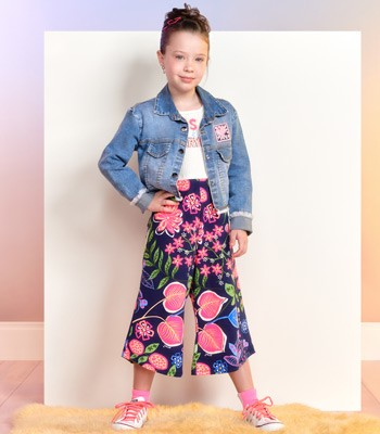 Macaquinho Pantacourt Infantil Feminino Estampa Floral Momi F9970